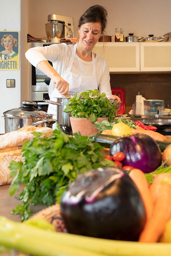 Anja Lohbeck in ihrer Kochschule, Herten